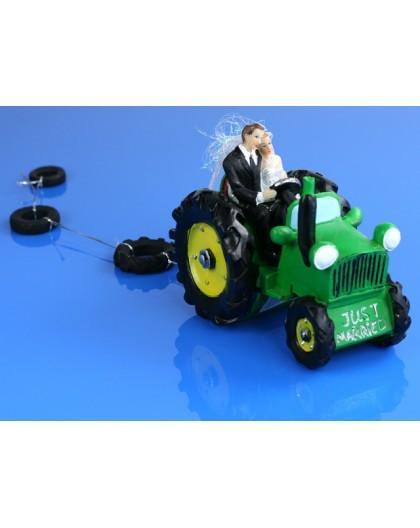 Figurka Para Młoda na traktorze PF34