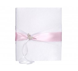 Biała księga z różówą tasiemką i srebrnym motylkiem KWA20