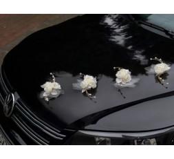 Rattanowy bukiecik z różyczkami BRS